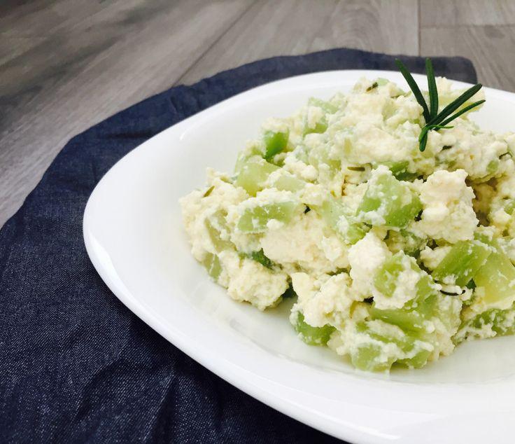 Deliciosa ensalada tibia de requesón, la receta es de lo más sencilla ¡No te la pierdas!