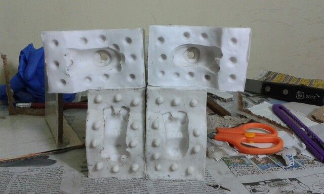 Better picture of the molds for the puppy heads