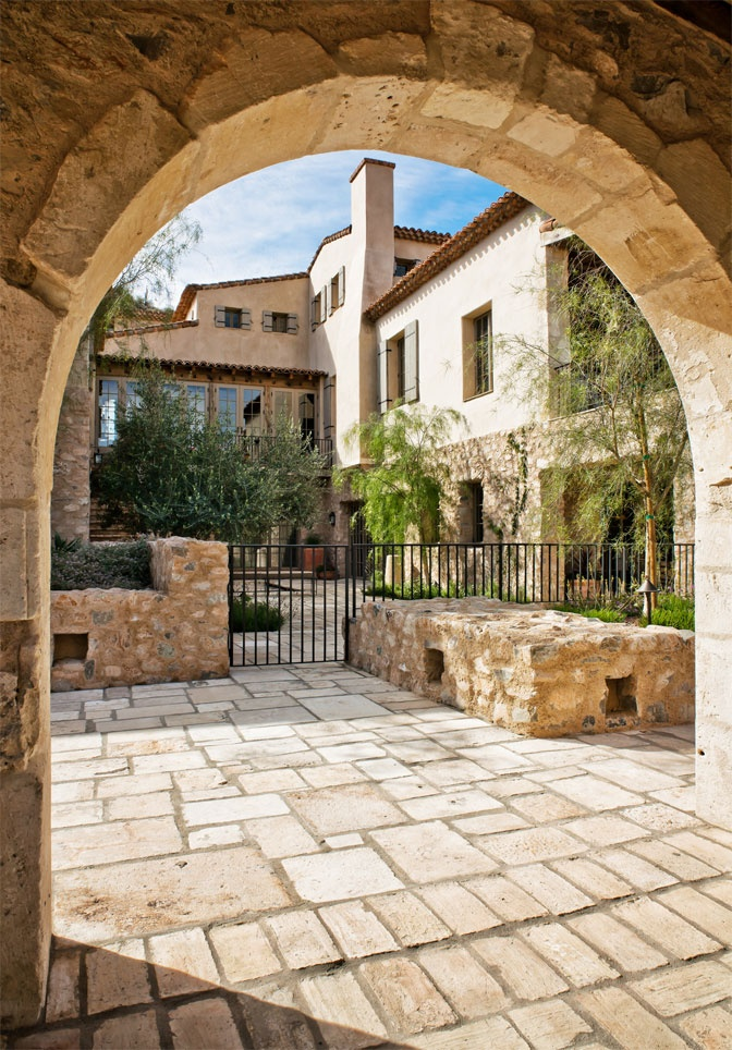 17 best images about tuscan homes on pinterest house for Tuscan courtyard landscaping