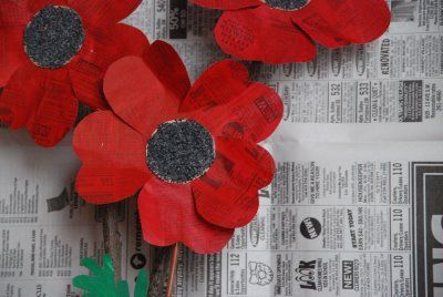 Painted newspaper poppies. Kids Craft: How to make Paper Poppies from recycled materials