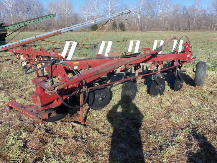1086 Ih Plowing : Bottom international auto reset plow ih farmall