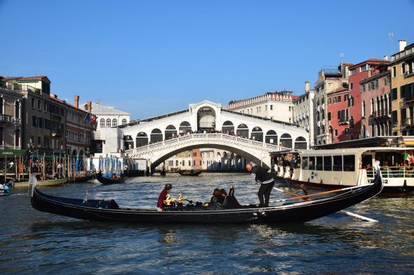 Venedig Gondoliere Rialtobrücke Italien
