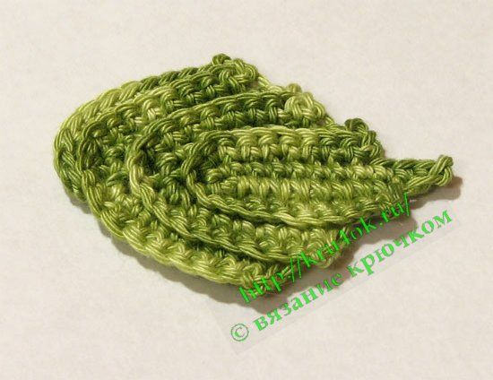 Do we ever have enough of crochet leaves? Multicolored green leaves. Diagram only.