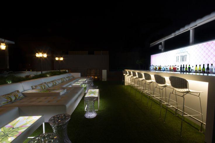 le toit rooftop bar