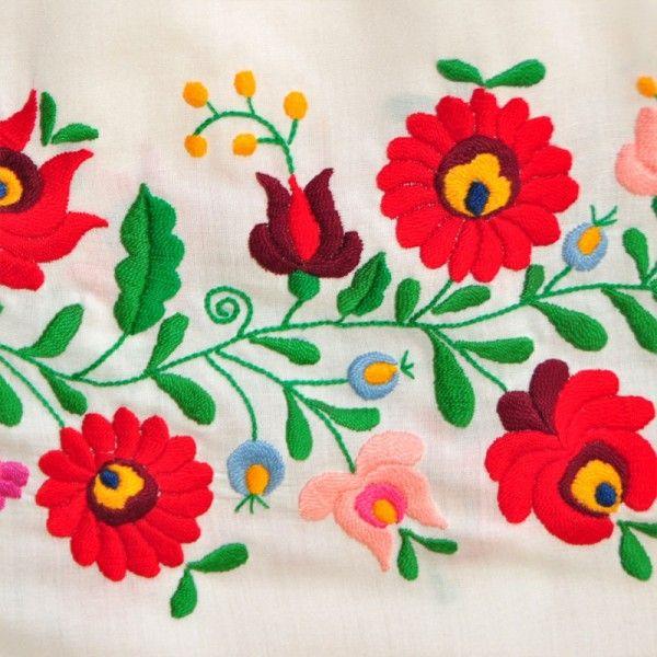 Matyó hímzés - Mezőkövesdi hagyományos népművészeti Matyó hímzés