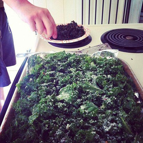 Baked crispy cheesy parmesean kale chips | Gluten free life | Pintere ...