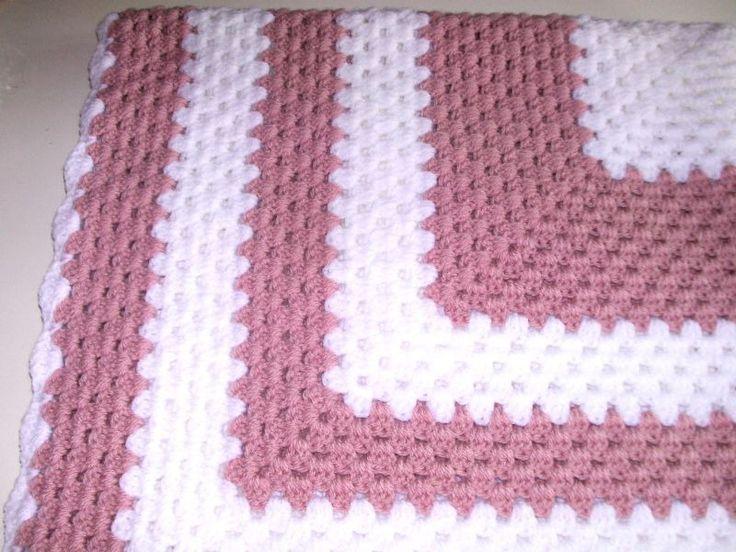 8 best couverture au crochet images on pinterest marvel blanket crochet and integers. Black Bedroom Furniture Sets. Home Design Ideas