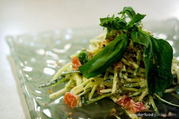 Yummy Fresh & Organic Green Salad in Bali (Indonesia)! #bali #indonesia #vegetarian #vegan #food #restaurant