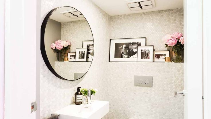 The judges loved Daz and Dea's powder room. (PICTURES: Elizabeth Allnutt Photography)