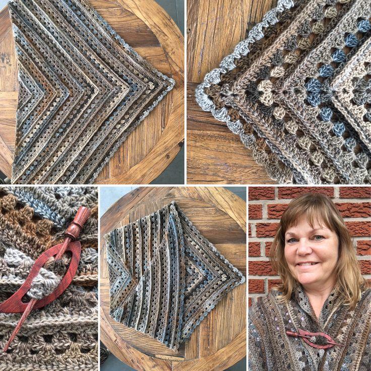 Virkad Amorous sjal, Crochet Amorous shawl, yarn Verona fine, colour 16