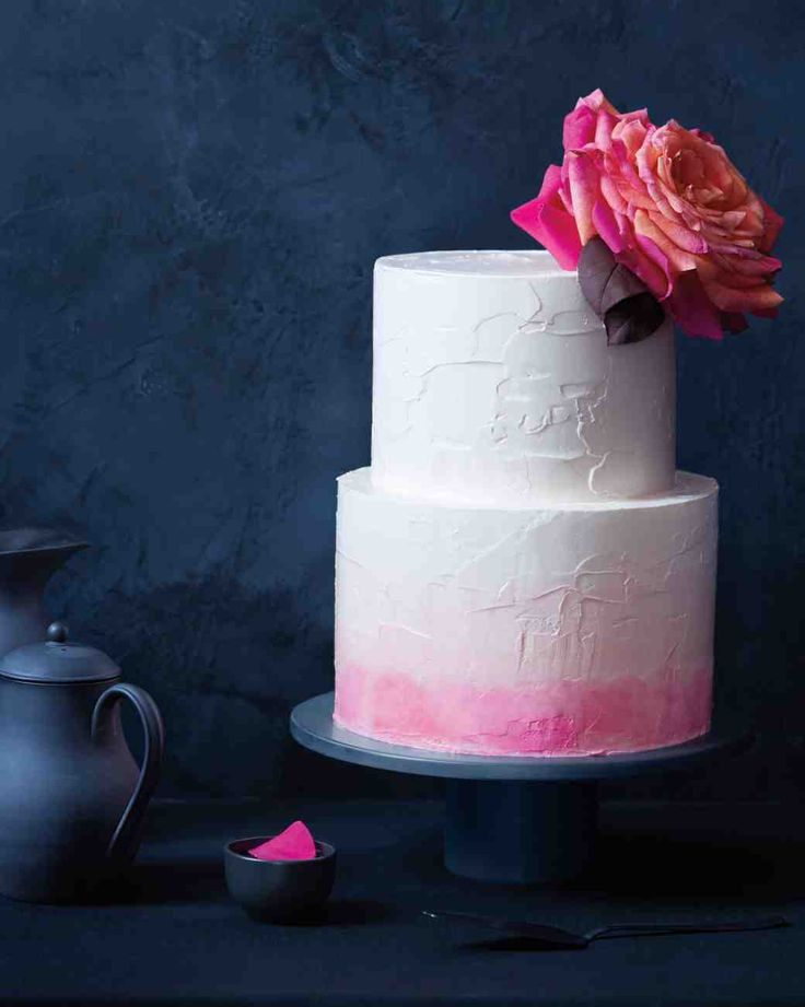 easy ways to decorate a wedding cake 6 fresh ways to decorate wedding cakes with flowers 13834