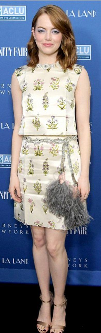 Emma Stone in Dress – Giambattista Valli  Jewelry – Anita Ko and Repossi