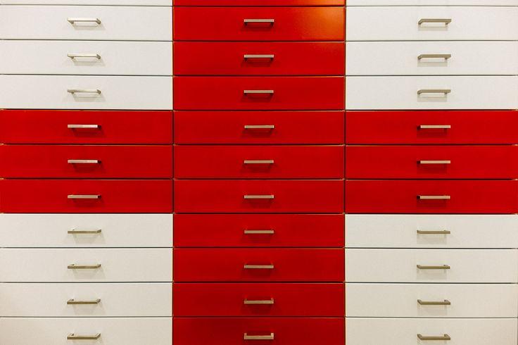 Pharmacy drawers / Συρταριέρα φαρμακείου