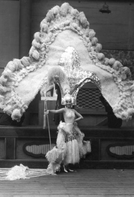 Jessie Matthews and her awesome headdress - c. 1930s