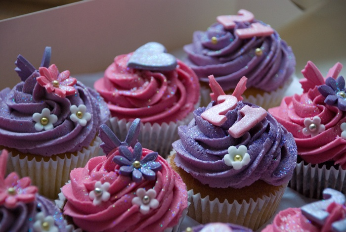 Hot Pink and Purple 21st Birthday Cupcakes