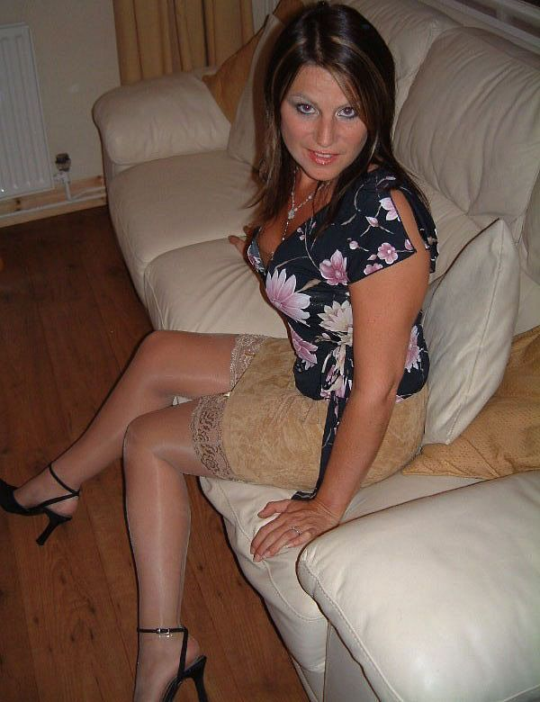 medusa mature dating site Can these sex dating sites help me out for a hookup  there are many men in this world that are into mature babes with big tits and not only.