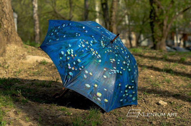 Зонт уже давно перестал быть безликим защитником от дождя и снега и превратился в важный элемент образа. Елена предлагает создать свой зонтик по мотивам картин 'Подсолнухи' Ван Гога и 'Кувшинки' Моне – эти зонты созданы для того, чтобы вы, глядя на них, забывали о непогоде, и переносились туда, где вам хорошо, к путешествиям, искусству, красоте… Продолжительность 2,5-3 часа Стоимост…