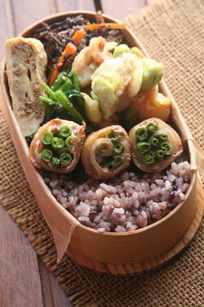 2017.05.16 空豆の天ぷらとインゲンの肉巻弁当