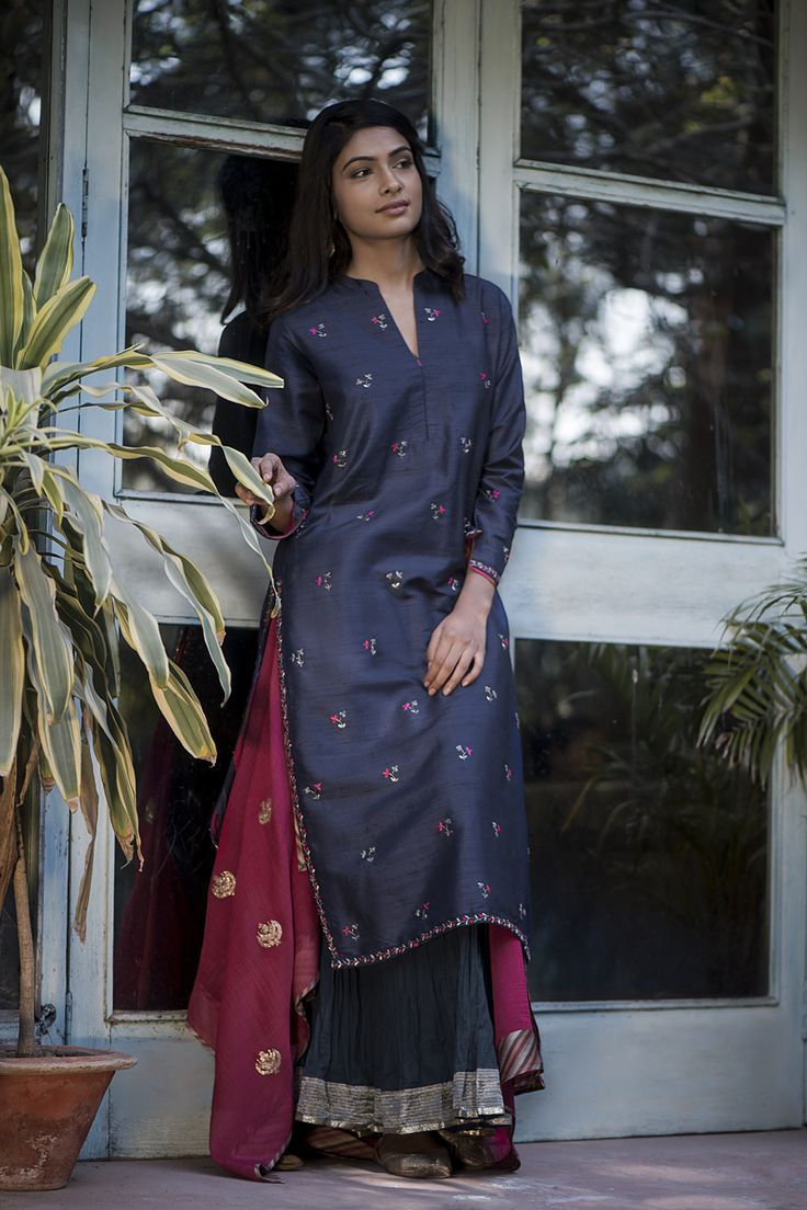WINTER EDIT For festive get-togethers, a classic silk kurta in deep indigo paired with an embroidered dupatta in vibrant fuschia. #GoodEarthSustain