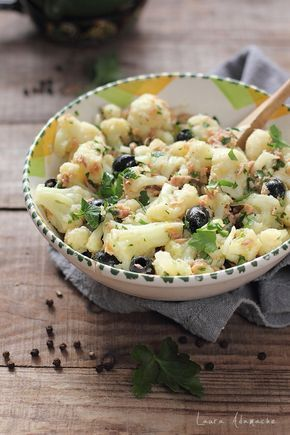 Salata de conopida, ton si masline detaliu