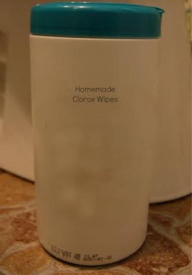Homemade DIY Clorox Wipes - what a great idea!