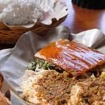 Babi Guling Dobil Nusa Dua, apakah anda pernah mendengar sebelumnya? Ini adalah tempat makan di Bali yang menyediakan masakan khas Bali yaitu Babi Guling.
