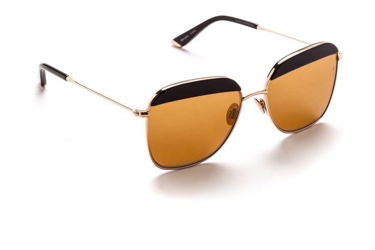 Vito#aviatorsunglasses #aviator #womensfashion  #sundaysomewhere #aviatoreyewear #eyewear #underthesun #celebritystyle  #mirrorlens #japanesemade #madeinjapan #qualitysunglasses #premiumeyewear #menssunglasses #mensfashion