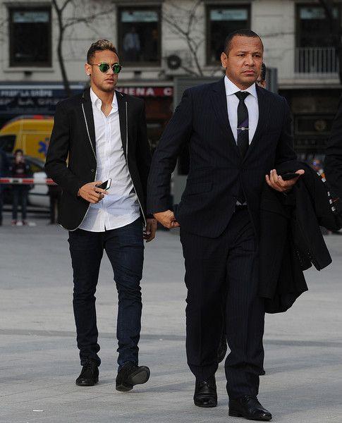 Neymar Photos - Neymar at National Court on FC Barcelona Fraud Investigation - Zimbio