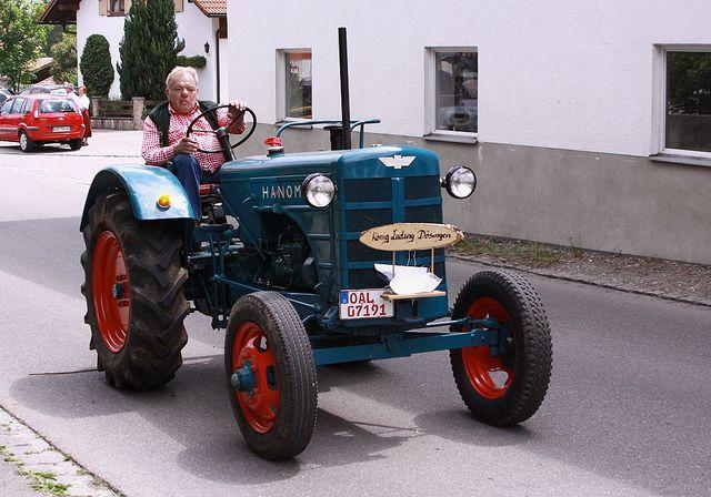 | Old Hanomag Tractor / Alter Hanomag Traktor
