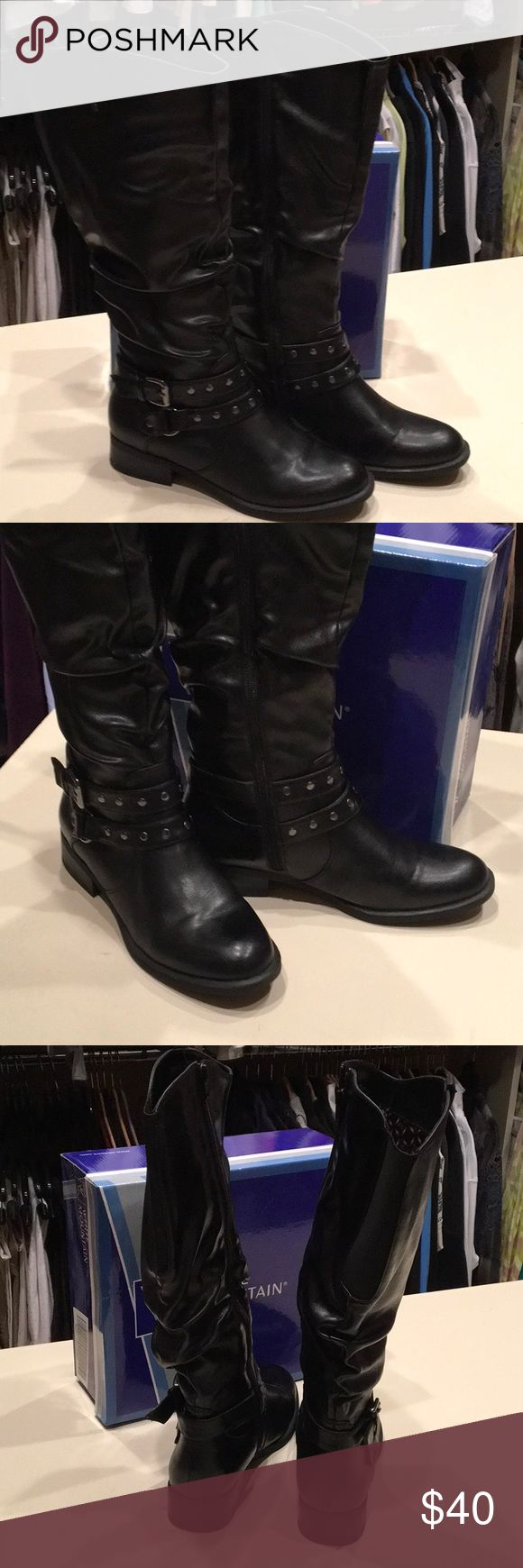 Boots Great pair of White Mountain boots. Buckled and side zip make these boots look great!! Excellent condition, worn 1-2 times. White Mountain Shoes Heeled Boots