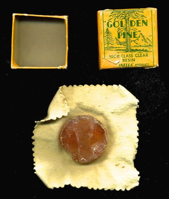 Lightly used antique violin rosin in stylish original case with cloth. Cover label reads, Golden Pine High Class Clear Resin. Extremely Rare!