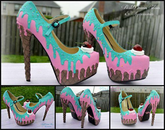 https://www.etsy.com/listing/193296173/drippy-icecream-cupcake-custom-made?ref=sr_gallery_12