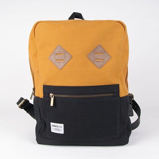 Kristofer / Backpack. rusty orange/black