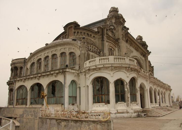 Romania's changing fortunes in the face of two world wars saw the Casino Constanta fall into disrepair. During the Second World War, the building was used as a hospital.