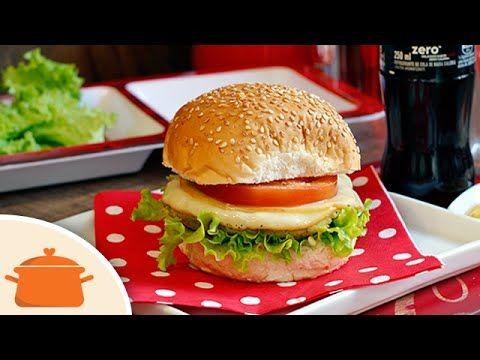 Estamos participando na categoria veggie do Coca-Cola Taste Games com o delicioso Hambúrguer de Grão-de-bico, Ervilha e provolone que te ensinamos a fazer ne...