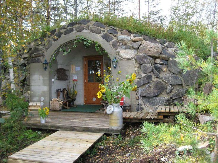 Finnish cottage w/sauna nearby. LOOKS LIKE A HOBBIT HOUSE