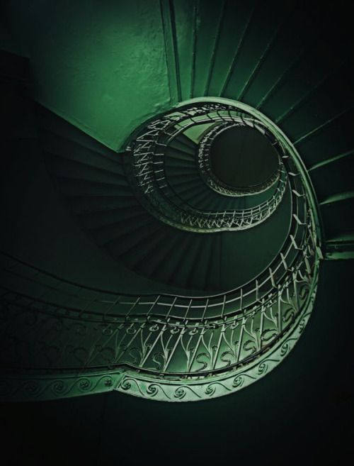 It 39 S A Colorful Life Color Green Vert Verde Pinterest Emeralds Staircases And Color