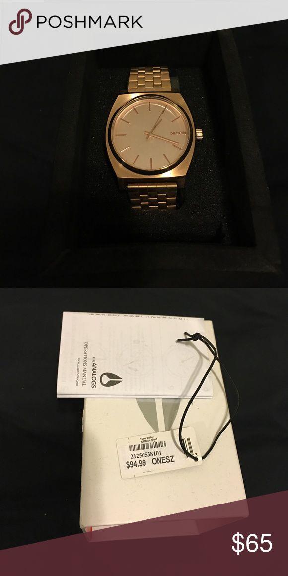 Nixon Women's Watch NWT, Rose gold Nixon watch, never worn, battery still works Nixon Accessories Watches