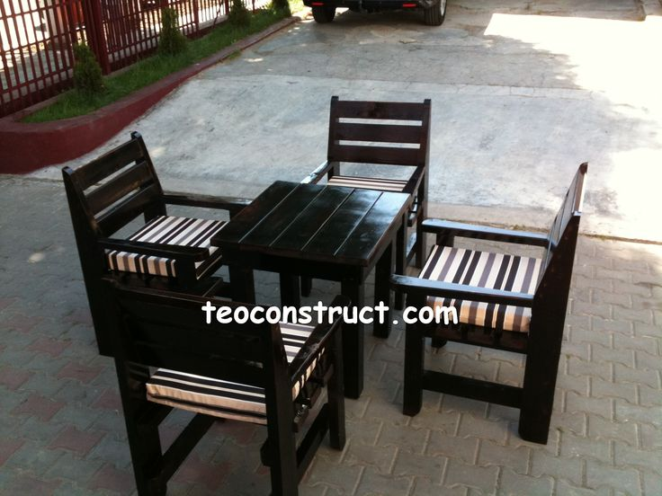 Scaune din lemn pentru terasa