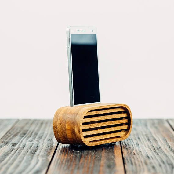 Phone Speaker iPhone X Speaker Acoustic Speaker Wooden Phone Dock Amplifier Passive Speaker Wood Phone Stand Android Speaker Docking Station This is retro looking passive phone stand dock wooden speaker for Android and iPhone devices. Speaker works great and have real effect, special