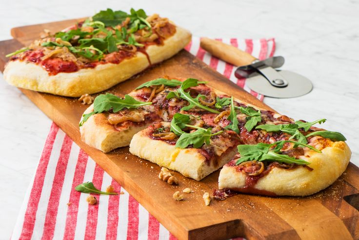 Caramelized Onion Flatbread with Raspberry Fruit Spread and Asiago Cheese - E.D.Smith