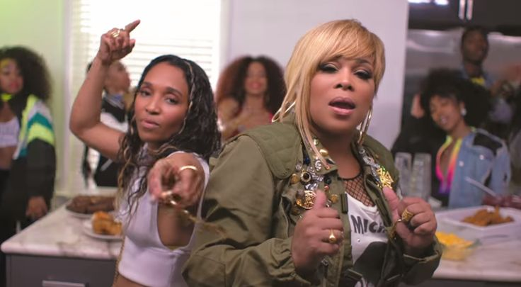 New PopGlitz.com: WATCH: TLC Throws a House Party in 'Way Back' Official Video featuring Snoop Dogg - http://popglitz.com/watch-tlc-throws-a-house-party-in-way-back-official-video-featuring-snoop-dogg/