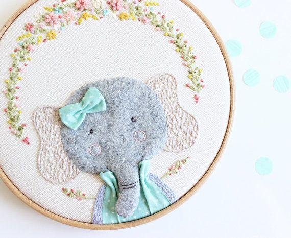 Embroidery hoop art | Elephant