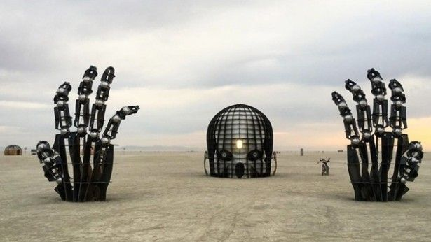 Dit Is De Mooiste Architectuur Van Burning Man Roomed - Thought provoking burning man sculpture shows inner children trapped inside adult bodies