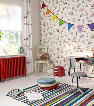 #roomset #bedroom #furniture #bunting #decor #decoration #redradiator #funkyradiator #funkyroom #style #modern #contemporary #stylish #interiors #homestyle