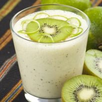 Vicky Ratnani blends away a power shake with fruits, honey, milk and oats.