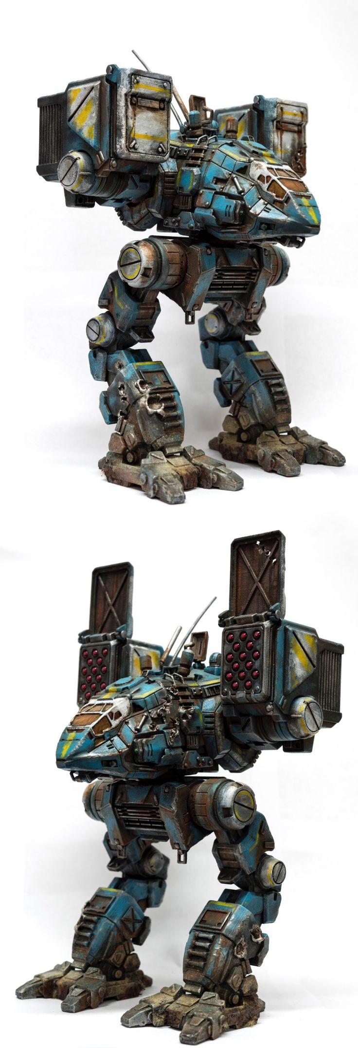 3D printed MechWarrior, Catapult. 3D files available here: http://www.gambody.com/3d-models/mechwarrior-bobcat