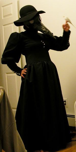 Ideas for making my  Spin doctor, Plague Doctor Medicine Women. Photo of Madame Plague Doctor