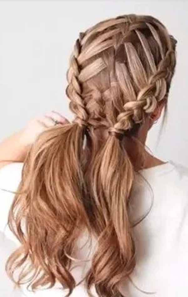 How to do French Braids Step by Step : How To French Braid Hair