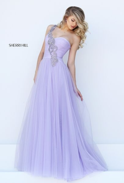 El color perfecto si quieres sentirte como una verdadera princesa, especialmente si lo combinas con una flamante joyería y una corona. - See more at: http://www.quinceanera.com/es/vestidos/los-mejores-vestidos-morados-para-quinceanera-del-2016/?utm_source=pinterest&utm_medium=social&utm_campaign=article-020116-es-vestidos-los-mejores-vestidos-morados-para-quinceanera-del-2016#sthash.yz7O5eER.dpuf